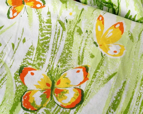 Vintage Groovy Retro Butterfly Twin Fitted Sheet in Green, White and Orange