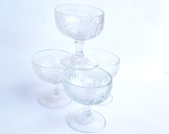 Vintage 1950's Jeanette Iris and Herringbone Champagne / Sherbet Glasses - Set of 4