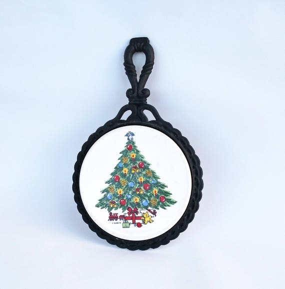 Vintage Christmas Tree Trivet in Wrought Iron Frame by Sabin