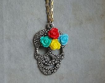 Halloween Silver Skull Necklace Spiritual Folk Art Mexican Day of the Dead Sugar Skull Pendant Skull Necklace Frida Kahlo
