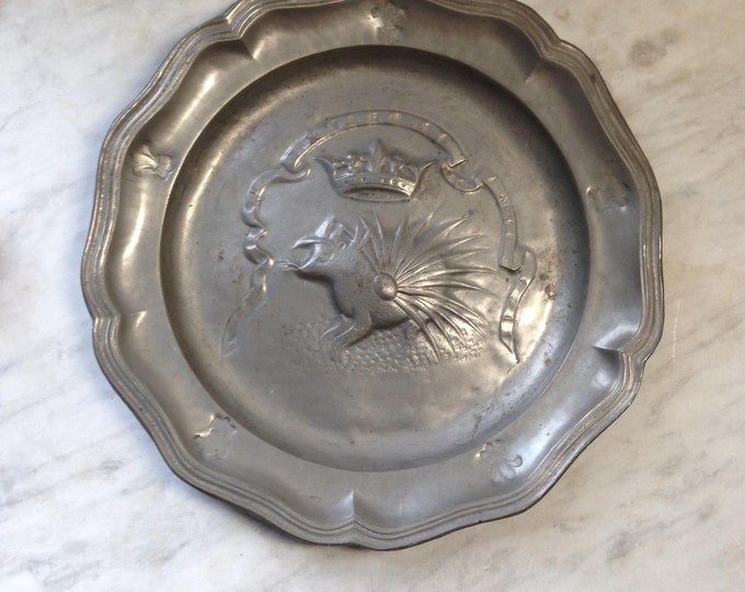 French Antique Embossed Crowned Porcupine fluted pewter plate King Louis XII, Order of the Porcupine