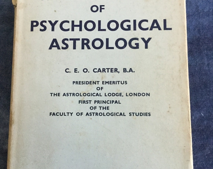 1970 Encyclopedia of Psychological Astrology published by Theosophical publishing, zodiac, star chart, fortune telling
