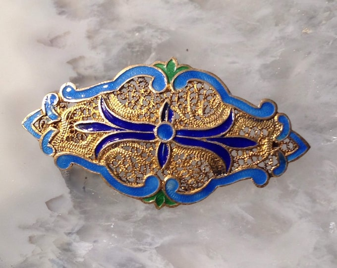 Antique Delicate Gold over sterling vermeil brooch, lovely blue enamel, lacework pattern