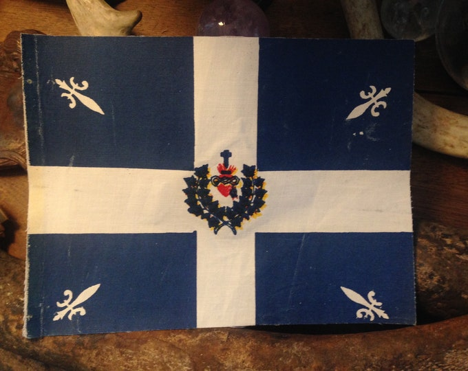 1930's Sacred Heart Textile Mini-Flag Carillon-Sacré-Coeur Flag French Canadian Roman Catholic Quebec