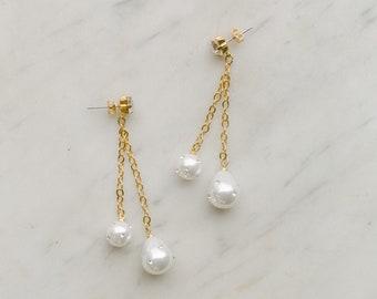 wedding jewelry, Bridal pearls earrings, earrings with crystal encrusted pearls, EXTASE style 21046