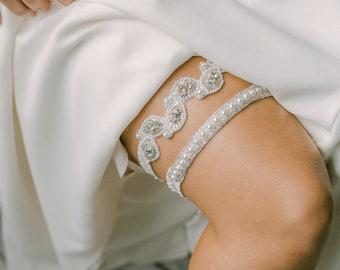 leaf wedding garter set, beaded bridal garter set, rhinestone wedding garter set, pearls bridal Garter set Ashley