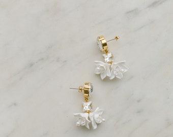 Flowers earrings, wedding crystal earrings, earrings for the bride with swarovski crystal and clay flowers, FRAICHEUR style 21008