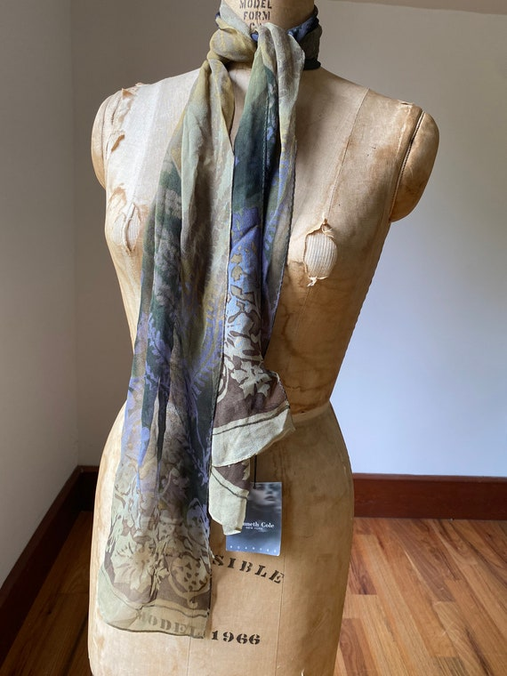 Collection of five vintage dress scarves, one pri… - image 2