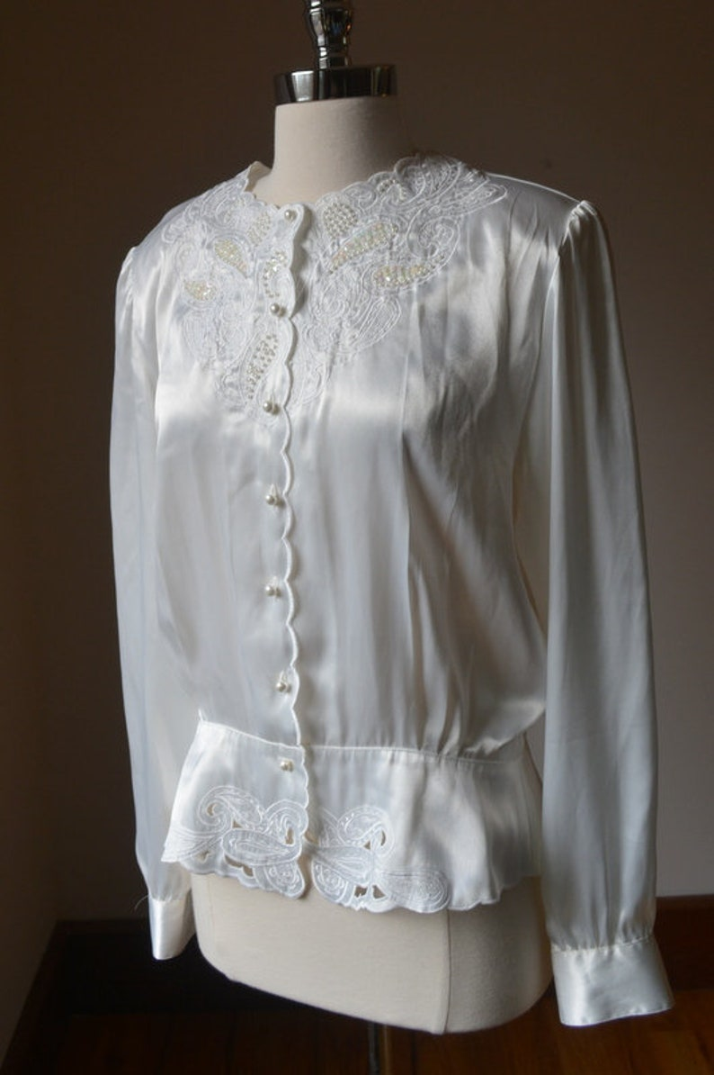 Vintage Cinched Waist And Exaggerated Sleeve White Sequin Dress Blouse Size Medium 1980/'s Vintage White Sequin Blouse Size Medium By Nicola