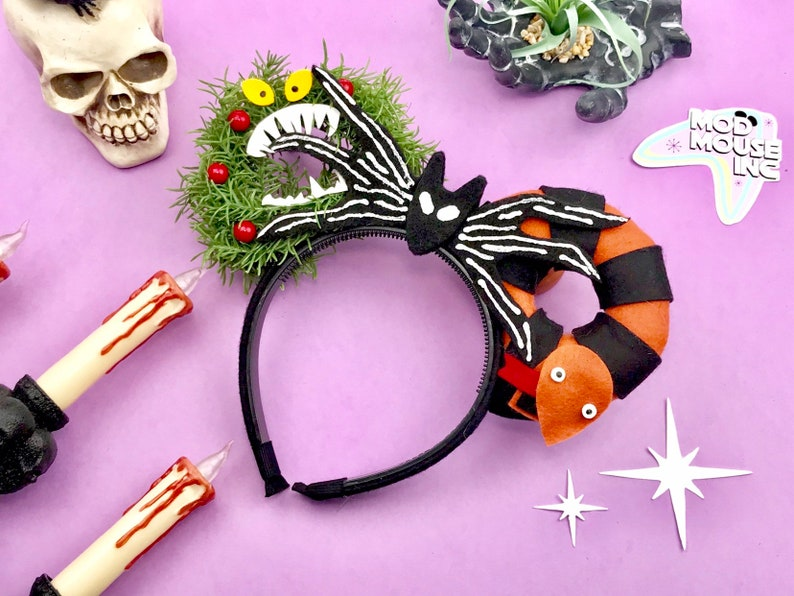 Haunted Holiday Nightmare before christmas wreath and snake image 0