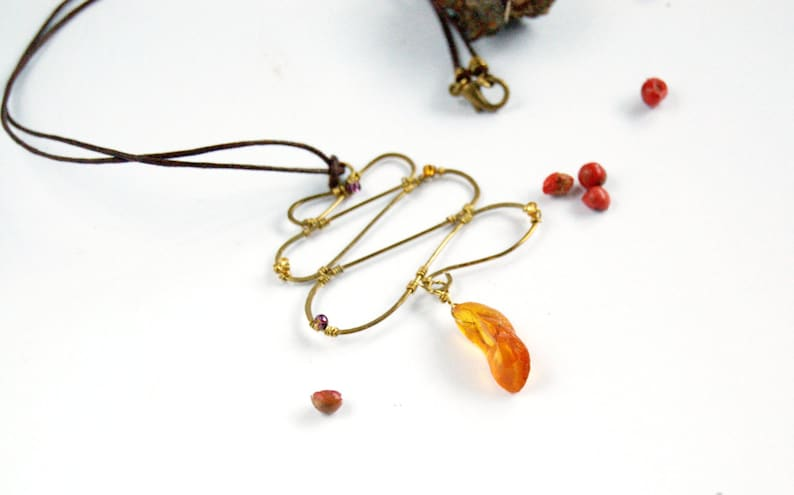 Raw amber jewelry necklace Zigzag  zen necklace  brown image 0