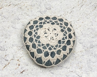 Crochet Stone Pattern, DIY, Lace Stone Cover Pattern, Crochet Rock Pattern, Beach house decor, Tabletop decor, bowl element, floating star