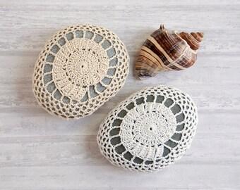 crochet stone, crochet rock, spiral shell, wedding decor, ring bearer pillow, table decoration, bowl element, paperweight, cottage chic