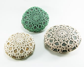 Crochet stone, beach rock, flower, beach wedding, ring bearer pillow, tabletop decor, sage, natural, or whote, bowl element, mothers day