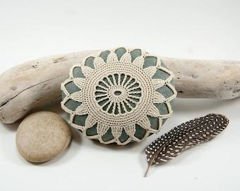 crochet covered rock, crochet lace stone, beach wedding decor, table decor, natural cotton thread, bowl element, paperweight, fiber art