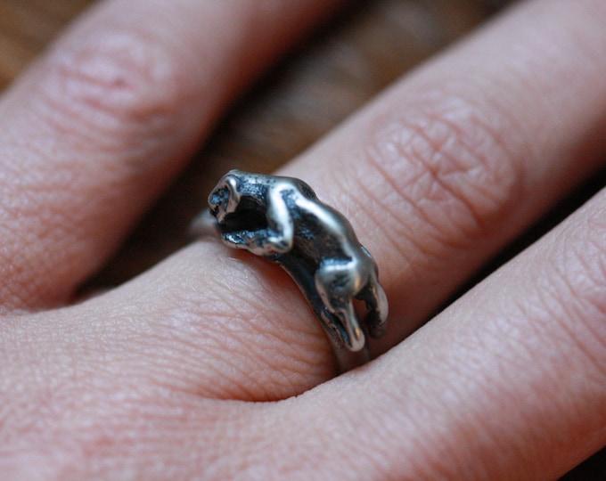 Sterling Jaguar band ring