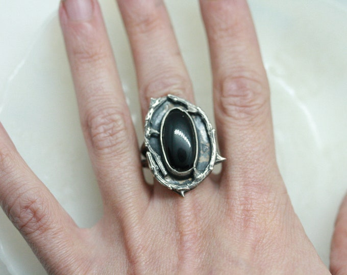 Black Onyx Thorn ring size 7