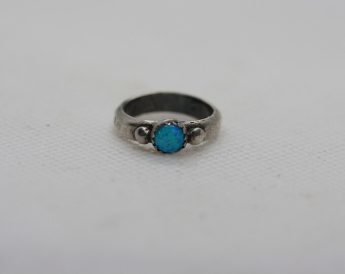 Opal pinky ring