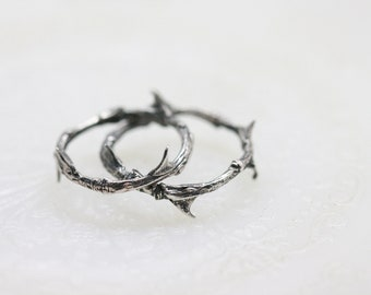Thorned band ring