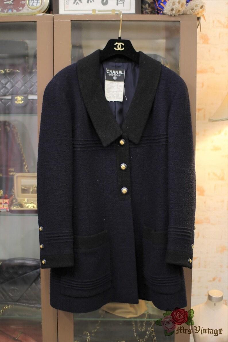 611f1c6bec598d Vintage Chanel Navy X Navy Trim Colourblock Wool Boucle Jacket | Etsy