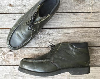"""11 D 