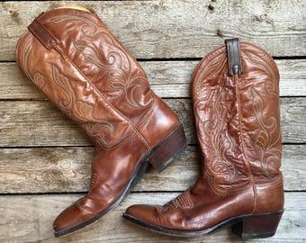 9.5 D   Men's Dan Post Brown Cowboy Boots w/ Stitching Western Boots
