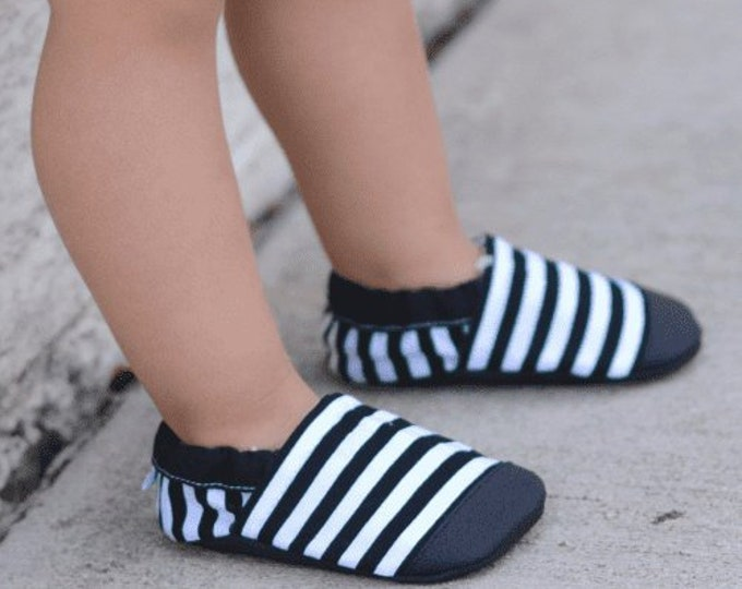 Black and White Stripes Baby Girl Booties
