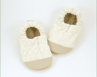 Cream Lace Baby Girl Booties