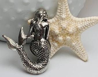 Father/'s Day Men/'s Vintage Mermaid Tie Tack or Lapel Pin