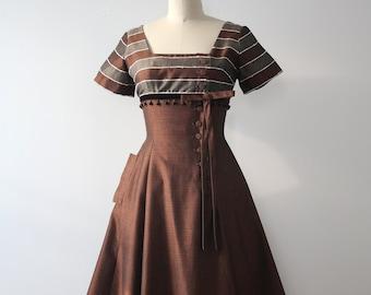 vintage 1950s brown dress