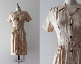 vintage 1940s dress // 30s 40s war time dress with belt
