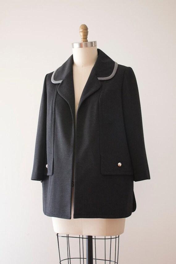 vintage 1960s Lilli Ann grey coat