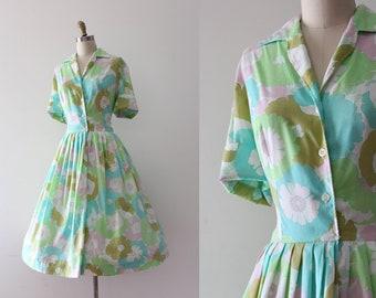 vintage 1960s dress // 60s floral shirtwaist dress