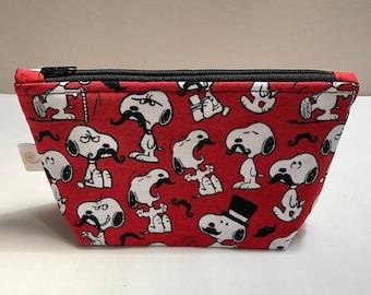 Snoopy pouch  eb46c49e3