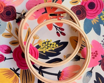 """Wood Embroidery Hoops - set of 2 - 5"""""""