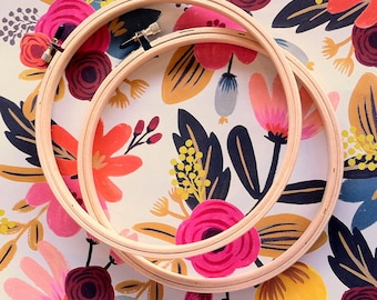 """Wood Embroidery Hoops - Set of 2 - 7"""""""