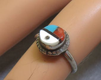 Native American Zuni Sterling Sun Face Ring,   Size 4, Vintage Petite Ring
