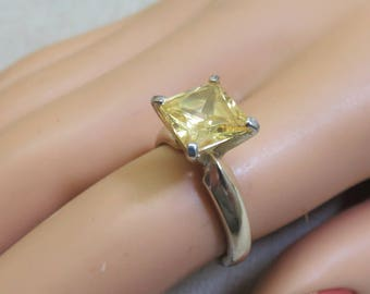 Vintage Canary Yellow Cubic Zirconia and Sterling Silver Ring,   Size 6