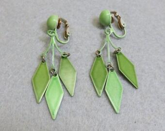 1960 Apple Green Clip On Earrings, Vintage Dangle Clip On Earrings