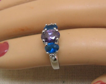 Vintage Blue and Purple Cubic Zirconia Ring - Size 5