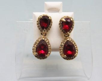 Red Rhinestone Dangle Drop  Pierced Earrings, Victorian look