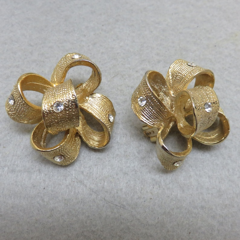 1980s Big Gold Bow Clip Earrings Bold and Modern Clip image 0