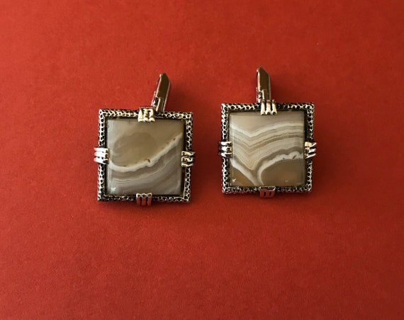 Vintage Marquis Collection Southwestern Arrow Head Silver tone Necklace and Earrings