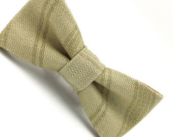 Boys Bowtie in Gold Metallic Stripe, Boys Bow Tie, Gold Bow Tie, Ring Bearer Bow Tie, Wedding Bow Ties