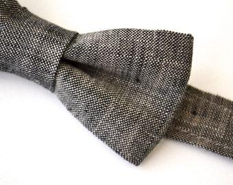 Boys Bowtie in Dark Gray/ Black Linen, Boys Bow Tie, Black Bow tie, Gray Bow Tie, Ring Bearer Bow Tie, Wedding Bow Tie