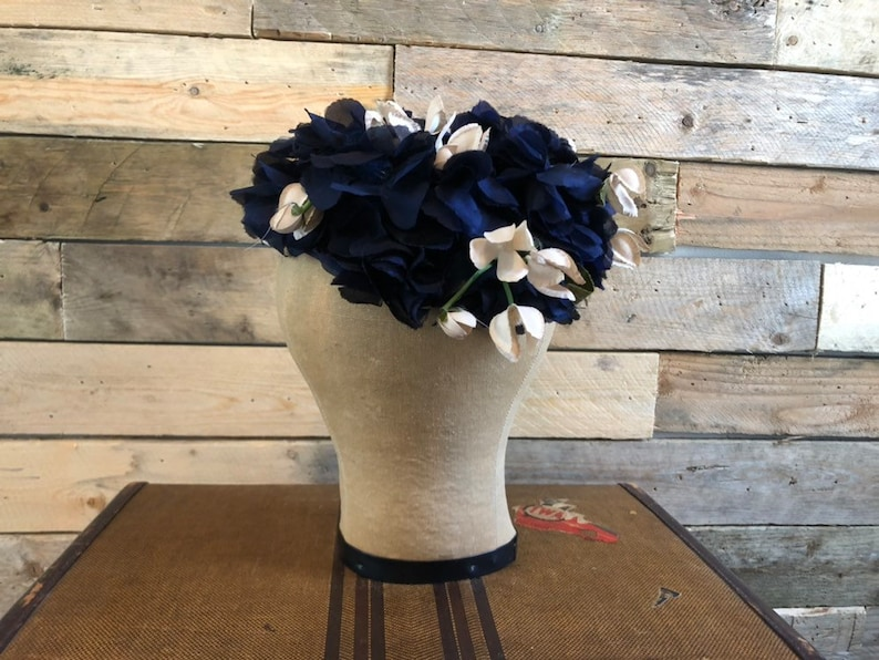 1950s Hat Vintage Hat Womens Hat Union made Mid-century Hat Floral Millinery Hat Vintage Navy /& Cream Flower Petal Hat