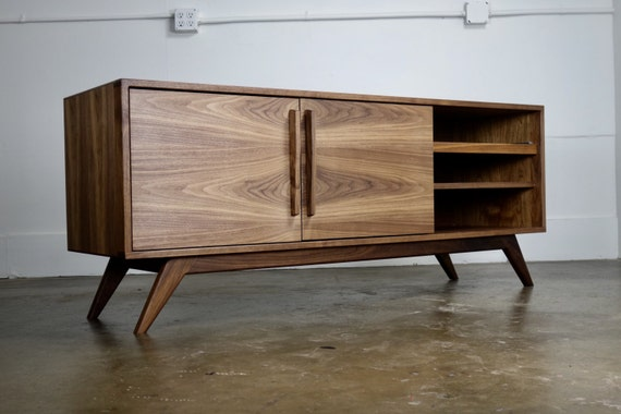 Credenza Console : The stella j is a mid century modern tv console etsy