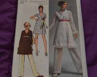Simplicity 9061 - Wrap Dress and Pants - SIZE 16