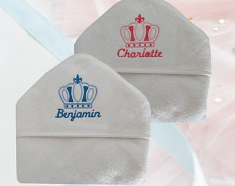 White bathing pane embroidered with a custom crown with the first name | Birth gift| Baptism Gift