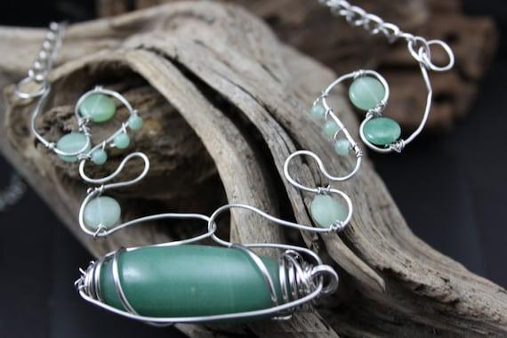 Adventurine Wire Art Necklace - Handmade in America